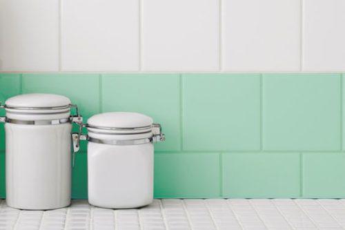 Como pintar azulejos renueva tu hogar sin obras - Como pintar azulejos cocina ...